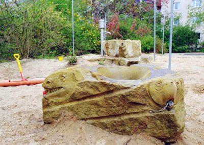 Wasserbecken-Matschanlage-Montessori-Schule-Dresden