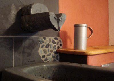 Afrikanische Dusche aus Anröchter Dolomit
