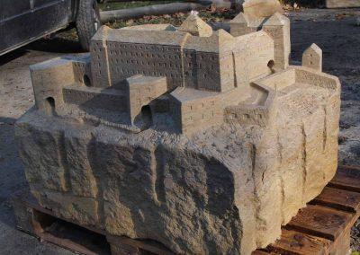 frei künstlersiche Nachbildung der Festungsanlage Pirna Sonnenstein, Bildhauerarbeit mit Murmelmöglichkeit