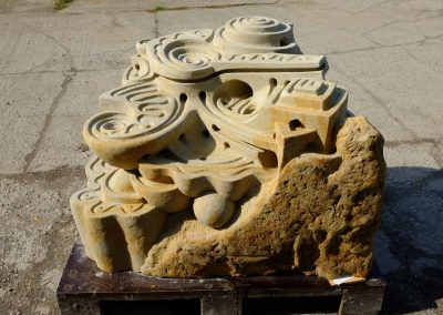 große Kugelbahn aus Sandstein für Murmeln mit einem Durchmesser 16 -18mm